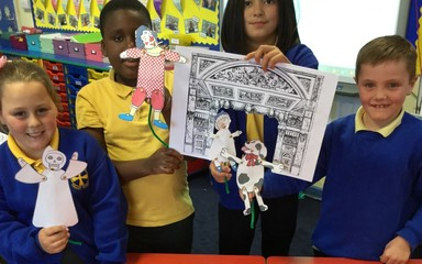 Year 4 Puppet Theatre